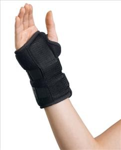 "Universal Wrist Splint, 6"" Right"